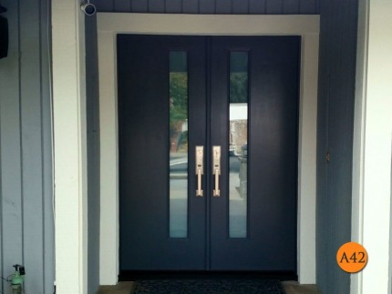 A42-door-white-laminated-glass-tetley-after