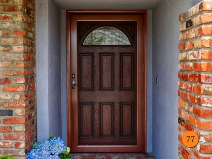 77-42-inch-wide-single-entry-door-fiberglass-jeld-wen-aurora-a401-oak-stained-cashmere-antiqued-c-rain-privacy-glass-brass-caming-prov