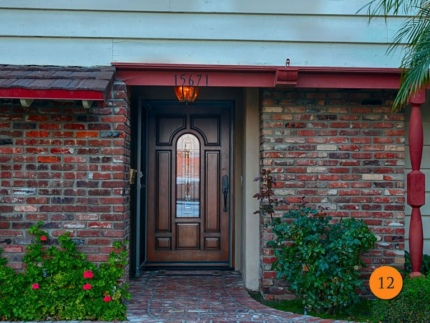 12-traditional-single-42x80-fiberglass-entry-door-jeld-wen-aurora-a225-mahogany-stained-chappo-antiqued-q-glass-patina-caming-provia-s